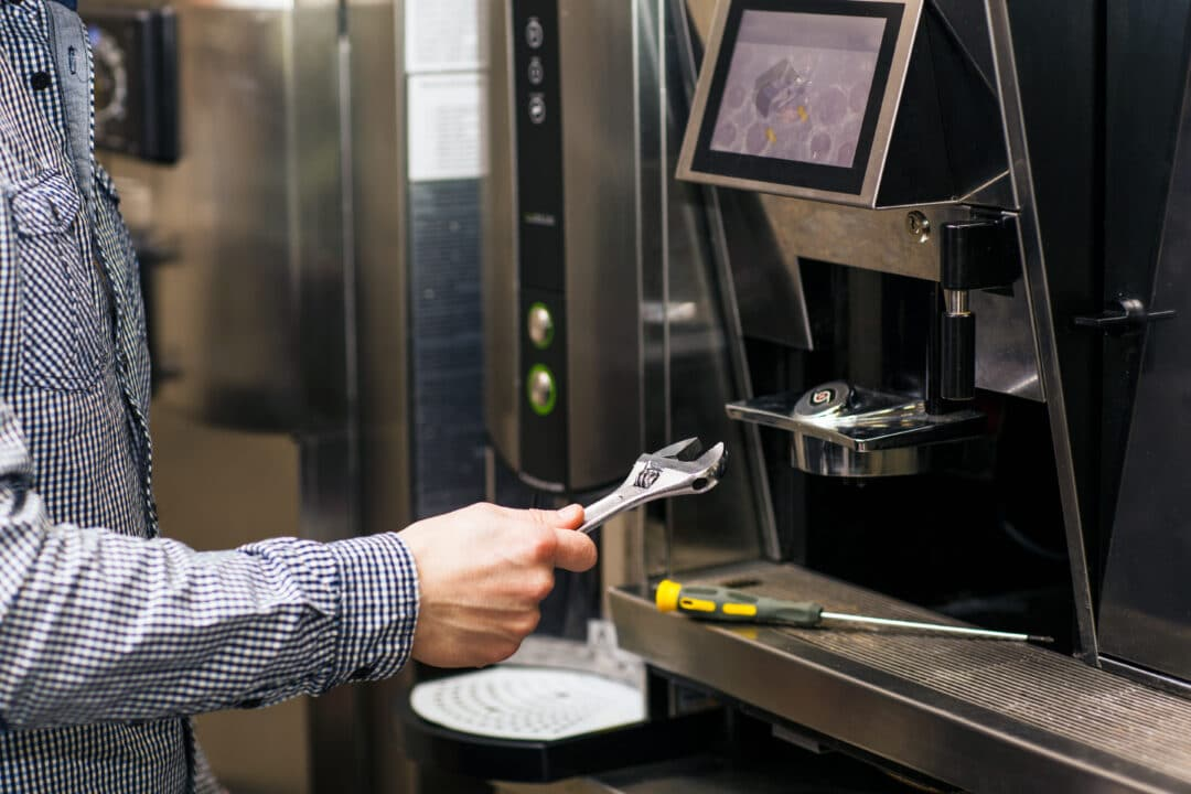 Catering Equipment Services Use Field Service Software to Manage Jobs